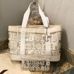 Michael Kors Clear Beach Tote with Liner